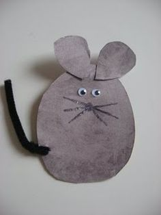Cute Mouse art project for the letter M .  :)