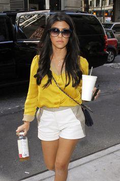 Kourtney Kardashian, pretty much love her style