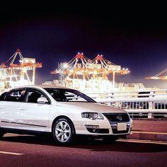 Instagram【yaguitar_kelly】さんの写真をピンしています。 《#volkswagen . . . . . . #passat #пассат #vw #vwpassat #ワーゲン #carporn #bj_mycar #carstagram #automotive #auto #авто #roadtrip #dock #port #yokohama #japan #nightview #本牧 #埠頭 #横浜 #港湾 #夜景 #olympus #dslr》