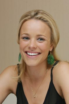 Rachel McAdams  Clean simple makeup and dress up simple summer outfit with earrings