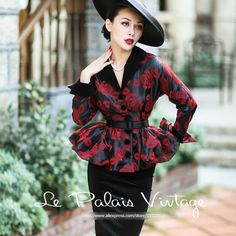 Le Palais Vintage 2016 Autumn New Ladies Temperament Elegant Thin Red Rose Black Background Flocking Patterns Skirt Coat Women Vintage Style Dresses, Vintage Outfits, 1950s Fashion, Vintage Fashion, La Palais Vintage, Modest Fashion, Fashion Dresses, Idda Van Munster, Classy Outfits For Women