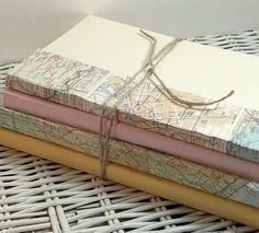 Pièce de mariage livre bundle pile de livre par 0namesleft sur Etsy