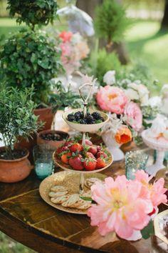 Tea Party Bridal Shower Ideas | photography by http://www.kristynhogan.com