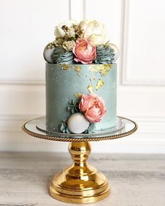 """When my blue cakes are as pretty as my pinks 2019 When my blue cakes are as pretty as my pinks The post When my blue cakes are as pretty as my pinks 2019 appeared first on Birthday ideas. """"When my blue cakes are as pretty as my pinks Elegant Birthday Cakes, 70th Birthday Cake For Women, Birthday Cake For Women Elegant, 14th Birthday Cakes, 40th Cake, Beautiful Birthday Cakes, Beautiful Cakes, Birthday Ideas, 21st Birthday"""