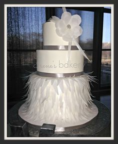 Irene's Bakery - El-Paso-area Cakes - Wedding cake with feather details