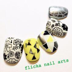 ネイル デザイン 画像 832425 Asian Nail Art, Asian Nails, Dark Color Nails, Nail Drawing, Yellow Nail Art, Nail Patterns, Stamping Nail Art, Toe Nail Designs, Stylish Nails