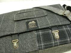 "13"" Macbook pro Messenger bag Macbook,Laptop Sleeve, Vintage wool, Black and white plaid, Trunk Latch,Recycled Suit Coat"