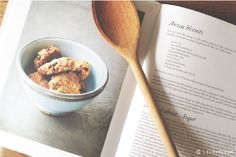 lily&Bloom . anzAc biscUits . for . anzAc dAy .