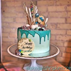 TurquoiseTiffany Blue Freestyle Drip Cake Cakespiration