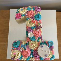 Super First Birthday Cake Girls Butterfly Ideas Number Birthday Cakes, 1st Birthday Cake For Girls, First Birthday Cupcakes, Baby Birthday Cakes, Number 4 Cake, Cake Designs For Girl, Pull Apart Cupcake Cake, Cake Decorating Designs, Baby Girl Cakes