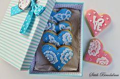 SÜTIK BIRODALMA: Vaníliás keksz / Vanilla cookies Vanilla Cookies, Smoothie, Valentines, Desserts, Valentine's Day Diy, Tailgate Desserts, Deserts, Valentines Day, Smoothies