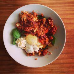 Homemade veggie chilli and baked eggs :) #healthymeals #homemade #quornmince #veggiemeals #250kcals #yumyuminmytumtum