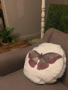 Cojines hechos a mano por artesanos mexicanos perfectos para decorar cualquier sillón de tu casa by BERKANA Shop