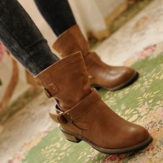 2012 Spring Collection Ladies Brown Boots  Item Code:#SQLY8116-1+Brown  Price: US$24.80  Shipping Weight: 2.26KG