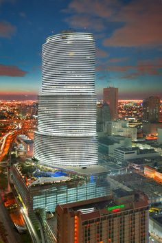 ✮ Miami Tower in Miami, FL #Destination_Wedding ~ http://VIPsAccess.com/luxury-hotels-miami.html