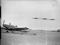 Three Fairey Battles of No. 103 Squadron RAF overfly Betheniville, watched by ground crew servicing 'PM-N', another aircraft of the Squadron. Air Force Aircraft, Ww2 Aircraft, Hawker Hurricane, Aviation Image, Vintage Airplanes, Battle Of Britain, Royal Air Force, Model Airplanes, World War Two