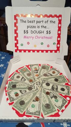lustige Ideen für Geldgeschenke, Pizza aus Geldscheinen, tolle Geburtstagsüberraschung