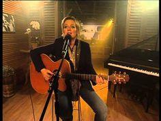 """Lize Beekman performs """"Ewewig en Stilte"""" LIVE!"""