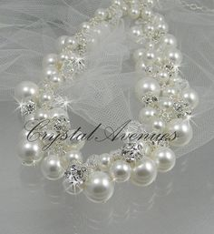 Pearl bridal Necklace chunky wedding necklace by CrystalAvenues