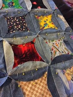 Terrific Pic denim Sewing projects Ideas Denim I Spy Rag Quilt - Upcycle Old Jeans - Hangry Fork Denim Quilts, Denim Quilt Patterns, Blue Jean Quilts, Bag Patterns, Circle Quilt Patterns, Circle Pattern, Block Patterns, Sewing Patterns, Cathedral Quilt