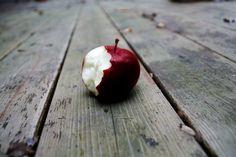Snow White Apple ( bwahahhaha )
