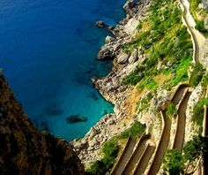 Capri, Italy // Beautiful Islands Around the World