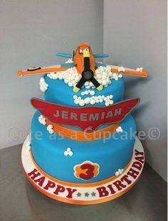 Planes Birthday Cake  #planescake #pixar #cake #birthdaycake #birthdayparty #celebration #happybirthday #cakeart #cakecraft #airplane #planes