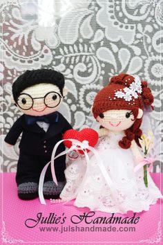 Wedding dolls with ring pillow #wedding #dolls #ring #pillow #julshandmade #crochet #handmade #craft #amigurumi #singapore #heart