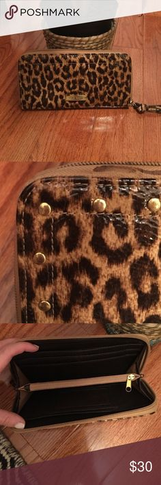 steve madden • wallet ж  Steve Madden ж  patent leather leopard print wallet ж  cute gold studded accents    ж  lightly worn ж  no flaws/snags ж  in excellent condition!🎉 Steve Madden Bags Wallets