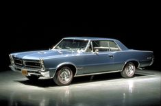 Google Image Result for http://s1.aecdn.com/images/news/muscle-cars-history-the-pontiac-gto-5493_1.jpg