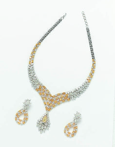 yellow and white diamond necklace