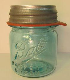 Vintage Blue Ball HALF 1/2 PINT Perfect Mason Jar w/ NEW Zinc Lid & Rubber HTF ! You