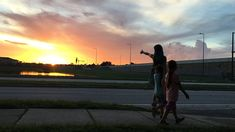 Brooklynn Prince, Valeria Cotto, and Christopher Rivera in The Florida Project Streaming Movies, Hd Movies, Movies Online, Movie Tv, Hd Streaming, Florida, Drama, Freestyle, Dvd Blu Ray