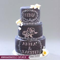 Chalk Cake - Kreidetafel - Mademoiselle Cupcake Mademoiselle Cupcake, Cupcakes, Birthday Cake, Desserts, Food, Birthday Cake Toppers, Wedding Cakes, Cake Ideas, Decorating