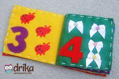 Livro de Feltro Passo a Passo: Aprenda Como Fazer Essa Linda Peça! Felt Quiet Books, Snoopy, Scrapbook, Fabric Books, Felt Toys, Felt Books, Quiet Book Templates, Felt Play Food
