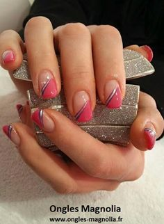 Épinglé par sabrina colin sur décor ongles красивые ногти, ногти et дизайн французского Nail Tip Designs, Fingernail Designs, French Nail Designs, Nail Polish Designs, Ongles Gel French, French Manicure Nails, French Tip Nails, Cute Nails, Pretty Nails