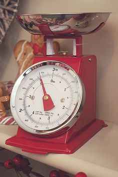 vintage scales...like the red! Check for latest designs of scales http://www.elitescale.com/ #foodscales #commercialscales #scales