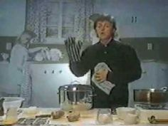 Paul McCartney making mashed potatoes - How wonderful and random is this!?