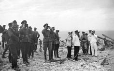 The officers of the Wehrmacht and the Kriegsmarine inspect the broken Soviet armored artillery battery number 35 from Sevastopol.Place photo: Sevastopol, Crimea, Ukraine, Soviet Union Date: 29 July 1942 Germany Ww2, German Army, Soviet Union, Military History, World War Two, Once Upon A Time, Wwii, Photo And Video