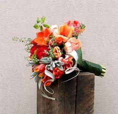 Orange and silvery green bride's bouquet. Bride Bouquets, Floral Wreath, Wedding Ideas, Wreaths, Orange, Green, Home Decor, Homemade Home Decor, Door Wreaths