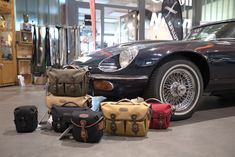 A beautiful photo by one of our German retailers Probis, showing off their range of Billingham - and a Jaguar! If you're nearby, be sure to drop in! If not find your nearest store here! Bag Display, Jaguar E Type, Place Names, West Midlands, Showroom, Antique Cars, Germany, England, Retail
