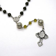 St Benedict Rosary in green Jade, Saint Benedict cross medal, San Benito Catholic Rosary, Peridot crystal rosary, Christmas Catholic gift