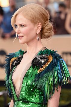 """Nicole Kidman Wears the Quintessential """"Float in a Parade"""" Dress at the SAG Awards   Tom + Lorenzo"""