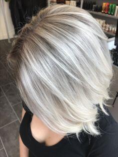 Stretched root silver ice blonde www.instagram.com/hairbykirstyatmedusa