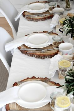 rustic brunch by petite homemade … - Diy Decor Party Table Decorations, Decoration Table, Wedding Decoration, Wedding Centerpieces, Diy Birthday, Happy Birthday Me, Birthday Brunch, Birthday Table, Brunch Party