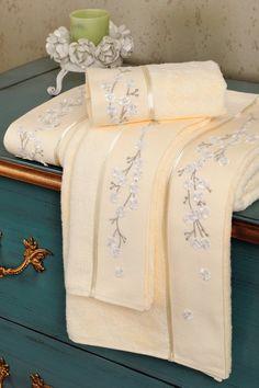 Antibakteriální a hypoalergenní ručníky z kolekce RUYA vyrobené  z bambusového vlákna.