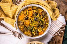 Zé-féle vegán zöldségcurry recept   Street Kitchen Rabbit Food, Green Kitchen, Healthy Dinner Recipes, Quinoa, Chili, Curry, Brunch, Vegan, Ethnic Recipes