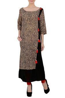 aacfe01367a Black Hand Painted Kalamkari Cotton Tunic by Yosshita   Neha