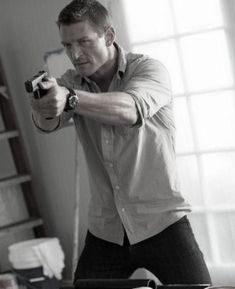 Alex Kane - The Player Philip Winchester, Sullivan Stapleton, Chicago Justice, Blue Eyed Men, Shooting Sports, Sully, Actor Model, Gossip Girl, Character Inspiration