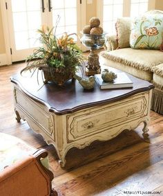 how to get the french country furniture look without paying for the expensive chalk paintsi love this table